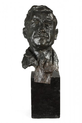 Bronze bust signed ALFRED PINA dated 1930