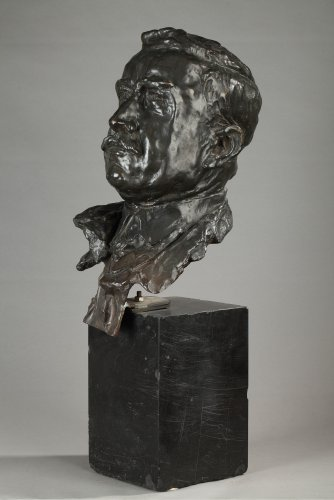 20th century - Bronze bust signed ALFRED PINA dated 1930