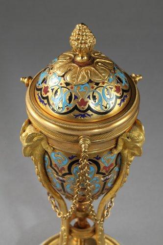 Pair of cloisonné bronze cassolettes - Napoléon III