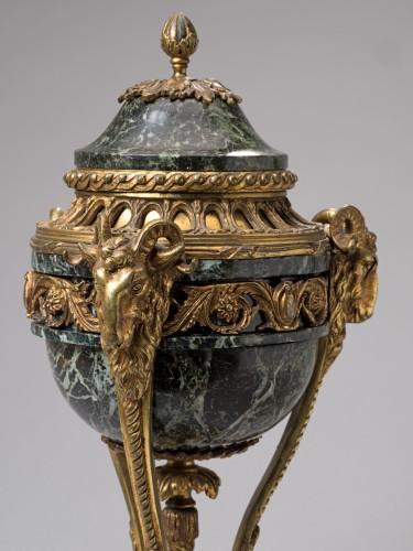 Pair of French Napoleon III serpentine marble and gilt bronze cassolettes -