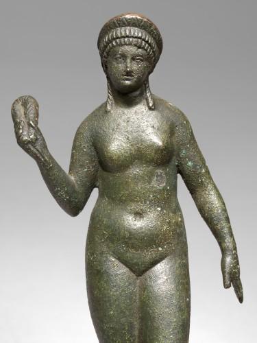BC to 10th century - Bronze figure of aphrodite, Roman Empire circa 2nd Century A.D