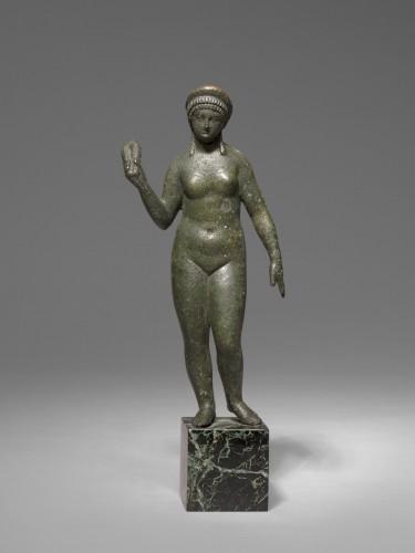Bronze figure of aphrodite, Roman Empire circa 2nd Century A.D -
