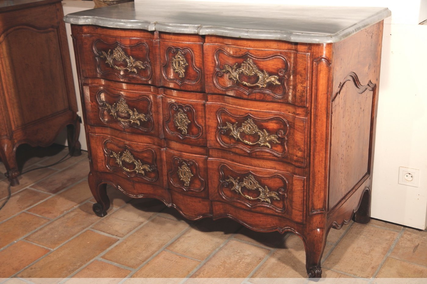 18th c double arbalete crossbow commode chest of drawers. Black Bedroom Furniture Sets. Home Design Ideas