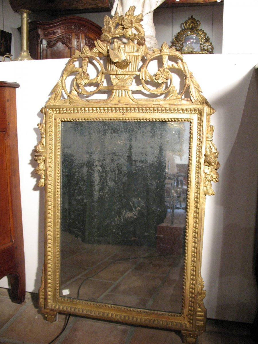 Miroir louis xvi en bois sculpt et dor xviiie si cle for Miroir louis 16
