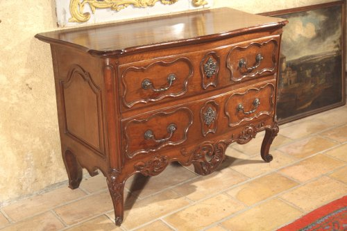 "18thC Rocaille ""sauteuse"" Commode from Nîmes - Furniture Style Louis XV"