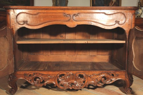 "Furniture  - 18th C ""Credence"" (sideboard) from Nîmes in walnut wood"