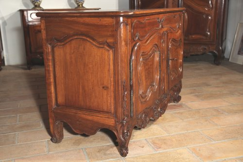 "18th century - 18th C ""Credence"" (sideboard) from Nîmes in walnut wood"