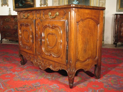 French 18thC Louis XV Credence buffet (sideboard) from Provence. - Furniture Style Louis XV