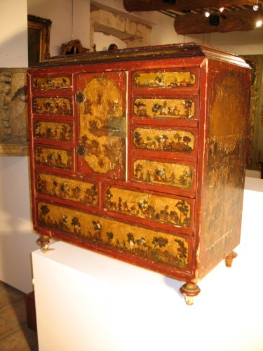18th C  Cabinet in arte povera., probably Italian work - Furniture Style