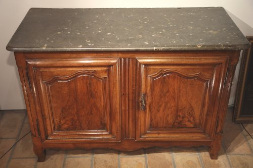 18thC Louis XV Hunter Buffet (dresser) from Lyon - Furniture Style