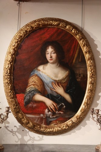 Half-length portrait of a lady - Provencal School of the late 17th century -
