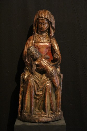 16th century - Late 15th C Pietà in carved wood From Lorraine