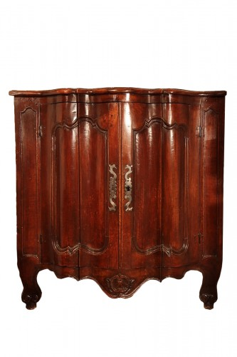 "Early 18th C low ""encoignure"" (corner cupboard)"