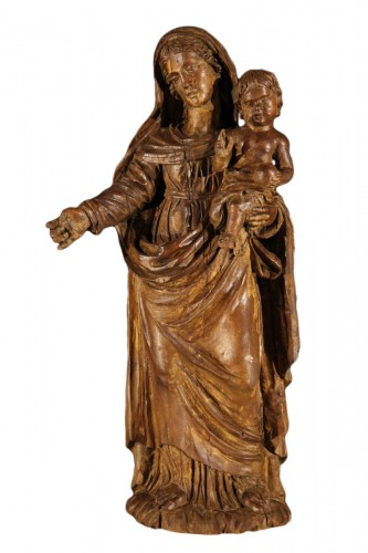 The Virgin and Child. Alder wood .Traces of polychrome. Late 17th-early 18t