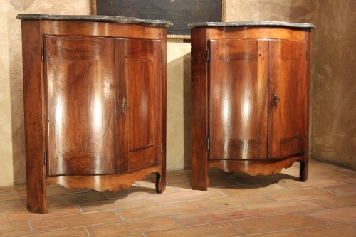 "Pair of low 18th century ""encoignures"" - Furniture Style"