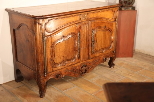 Late 18th C credence sideboard from Arles - Furniture Style
