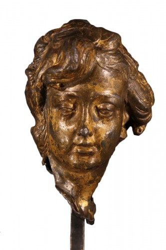 17th C head of a young man made of lead