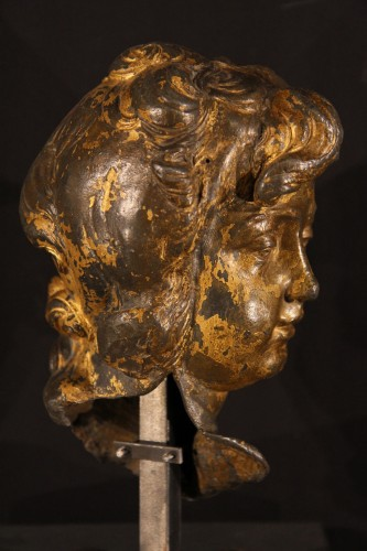 Sculpture  - 17th C head of a young man made of lead