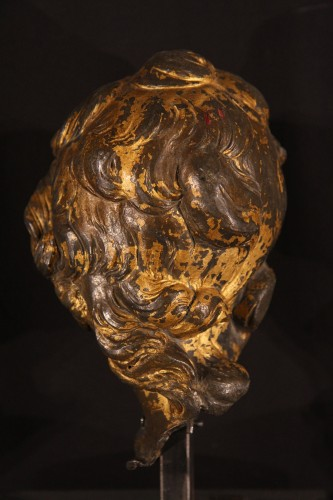 17th C head of a young man made of lead -