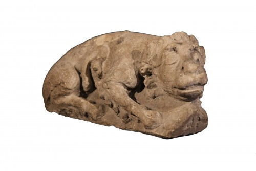 12th C Romanesque Sculpture. A lying lion, in limestone
