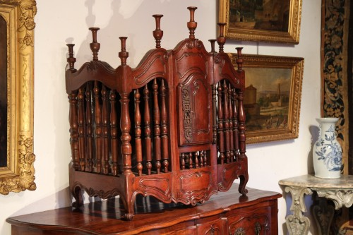 "18th C bread locker (panetiere) said ""from Fourques"". In walnut wood - Furniture Style"