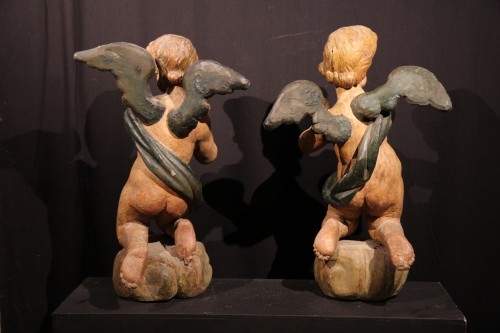 Sculpture  - 17thC Pair of angels in polychrome wood. Alpine work, Tyrol or Savoy.