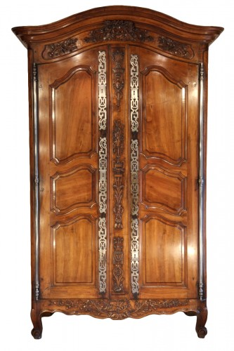 Second half of 18th C marriage Armoire from Arles (Provence).