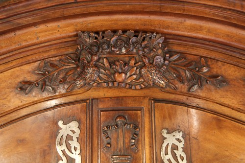 18th century - Second half of 18th C marriage Armoire from Arles (Provence).