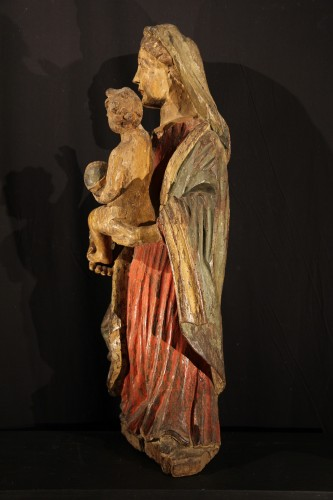 Early 17th C Virgin and Child  with its original polychromy. From Occitania - Sculpture Style
