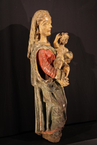 Sculpture  - Early 17th C Virgin and Child  with its original polychromy. From Occitania