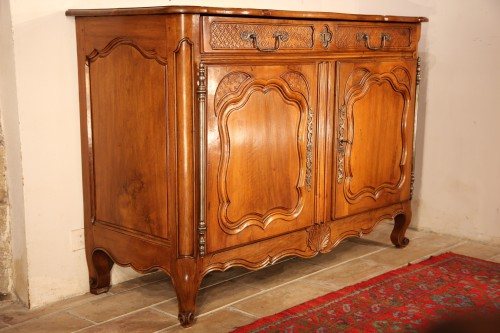 18th C Important buffet (sideboard) from Marseille in walnut wood. - Furniture Style