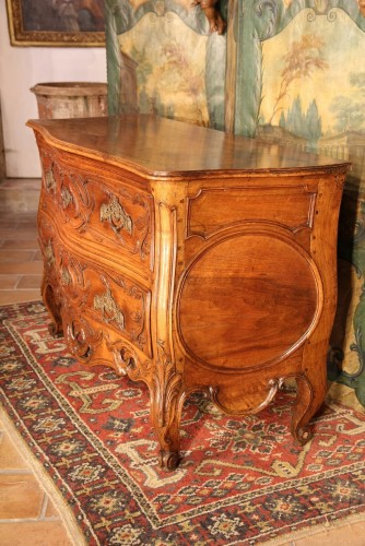 "18thC ""Sauteuse Commode"" said ""with lunette"" Provence -"