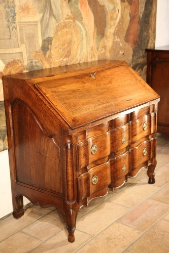 Furniture  - End of 18th C Louis XV writing commode . In walnut wood. From Provence.