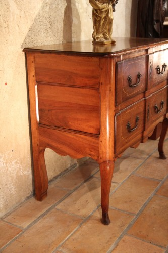 """Early 18th C """"sauteuse"""" commode from Aix en Provence -"""
