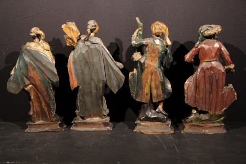 18th C Italian Statuettes in  polychrome wood representing the 4 seasons.  - Sculpture Style