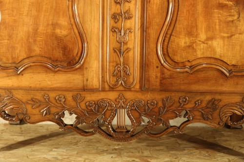 """Furniture  - 18th C sizeable """"armoire"""" (wardrobe) from Provence. In blond walnut wood."""