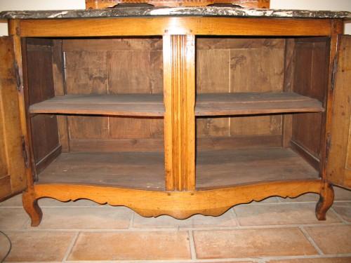 18thC Louis XV hunter buffet (dresser). From Ile-de-France. -