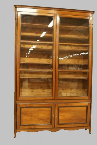 18th Hache Bookcase