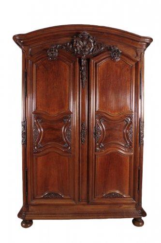 armoire ancienne antiquit s anticstore. Black Bedroom Furniture Sets. Home Design Ideas