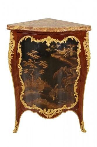 19th century Corner cabinet stamped Millet