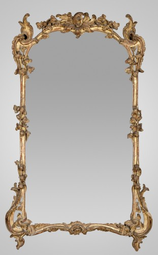 18th century - Louis XV giltwood mirror