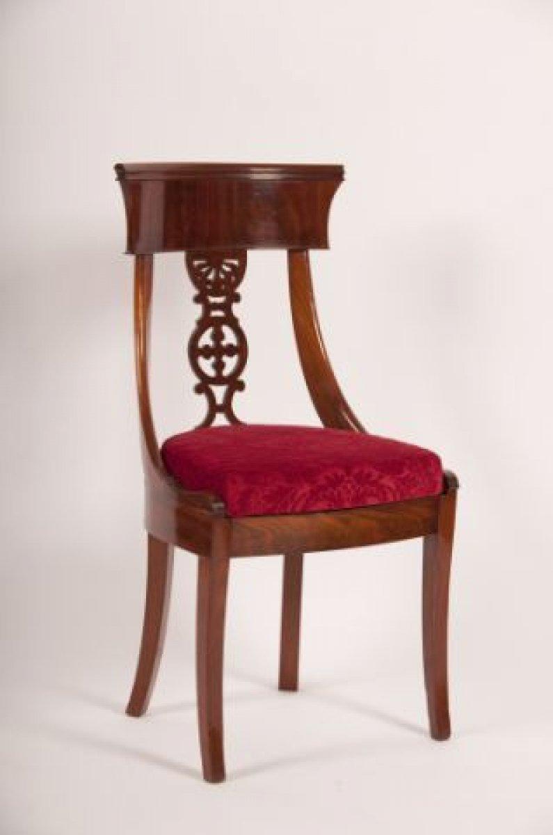 Suite de dix chaises en acajou d but xixe si cle for Chaise 19eme siecle