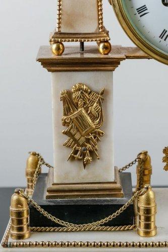 French Louis XVI white Carrare marble clock -