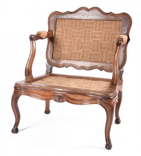 Rare French Louis XV fauteuil with system forming bed