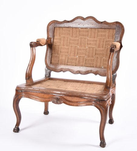 Rare French Louis XV fauteuil with system forming bed - Seating Style Louis XV