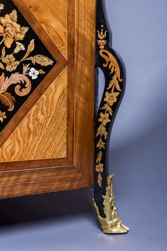 French Louis XIV commode « au Jasmin » attributed to Thomas HACHE -