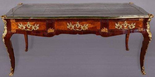French Louis XV Bureau plat stamped LARDIN, et DELORME FAIZELOT -