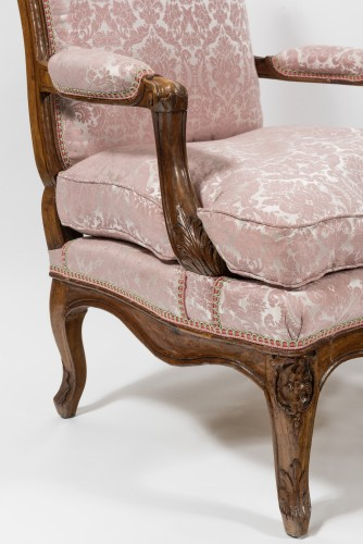 Pair of Louis XV fauteuils -