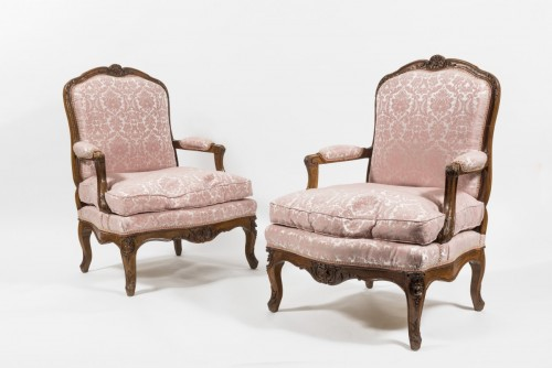 18th century - Pair of Louis XV fauteuils