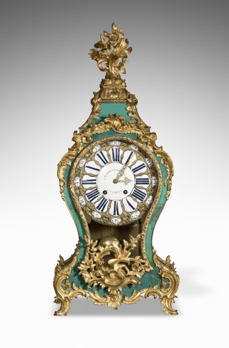 French Louis XV Wall Cartel in green horn - Clocks Style Louis XV